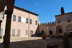 05-Castello-di-Spezzano