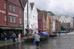 05-il-quartier-bryggen-a-bergen_001_jpg