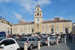 008-La-Città-Piazza-Garibaldi