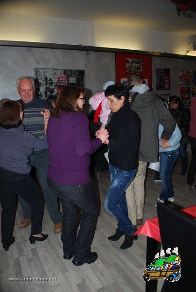 035 Cena con danze