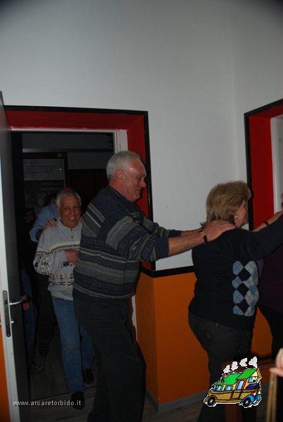 042 Cena con danze