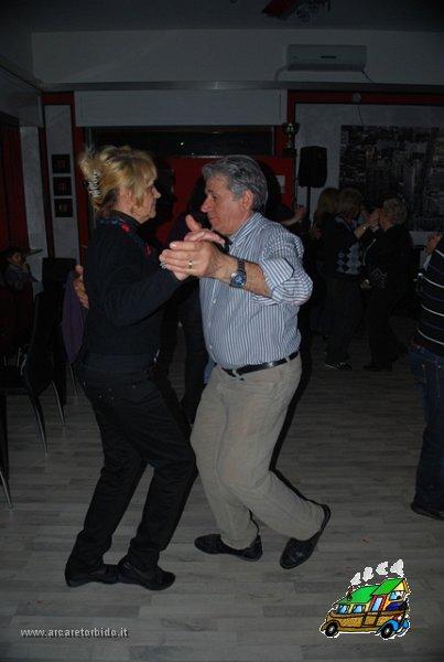 055 Cena con danze