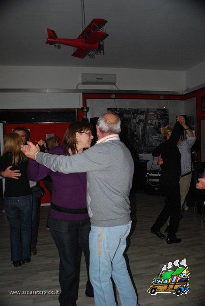 057 Cena con danze