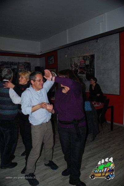058 Cena con danze