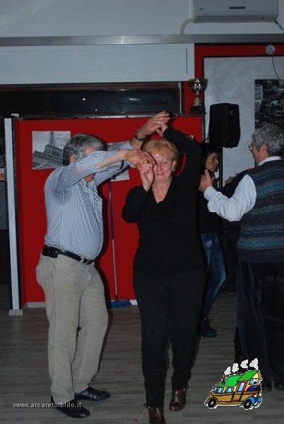 060 Cena con danze