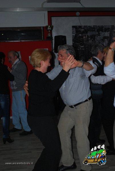061 Cena con danze